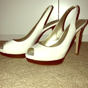 Guess by Marciano heel